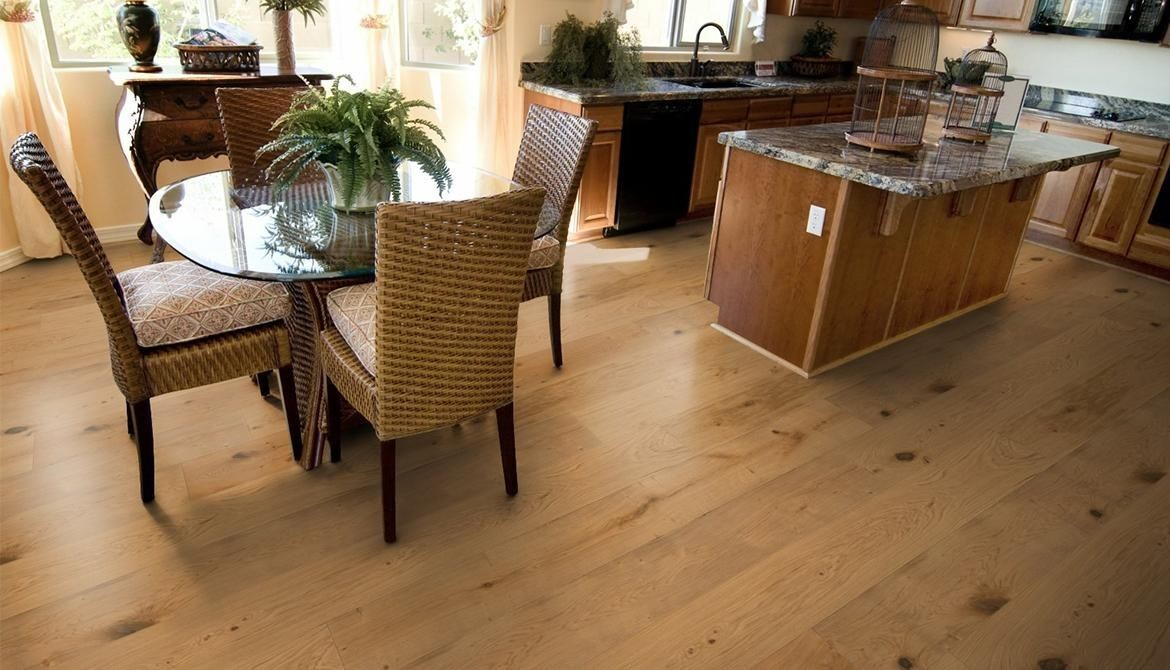 How To Choose Between Oiled And Lacquered Wood Flooring